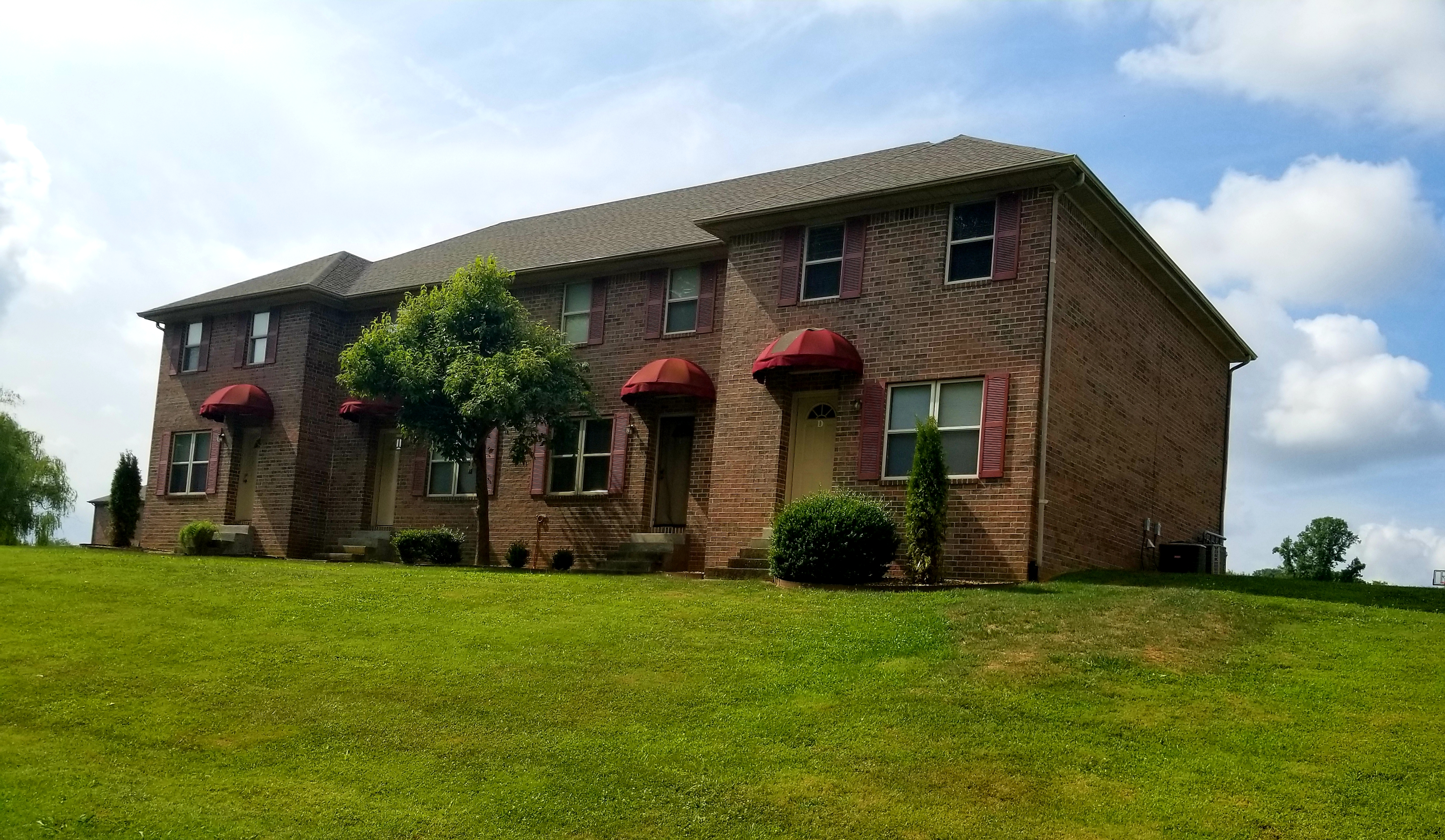 126 Candle Court Bowling Green, KY 42101